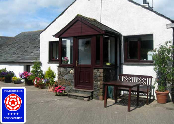 Peter House Cottage entrance